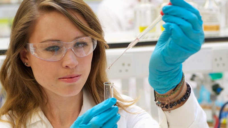 Female Chemistry student